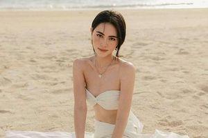 'Ma nữ đẹp nhất Thái Lan' tung loạt ảnh gợi cảm mừng trang cá nhân vượt mốc 13 triệu lượt theo dõi