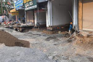 Xử lý hố 'tử thần' Quảng Bị: Nuốt trọn 500 khối đá, 160 tấn xi măng, sắt thép