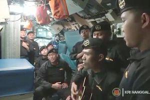Khoảnh khắc thủy thủ tàu ngầm Indonesia hát 'Tạm biệt' trước khi gặp nạn