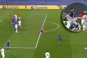 Bàn gỡ của Real Madrid trước Chelsea không hợp lệ?