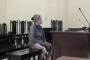 Người đàn bà gần 70 từ chủ nợ thành bị cáo
