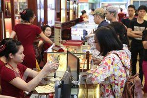 Giá vàng trong nước bật tăng trước kỳ nghỉ lễ, lên 55,8 triệu đồng