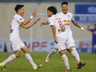 Chiến thắng trước Thanh Hóa giúp HAGL bỏ xa nhóm bám đuổi, trong khi Hà Nội FC chìm trong khủng hoảng với thất bại thứ 4 trong 5 trận gần nhất.