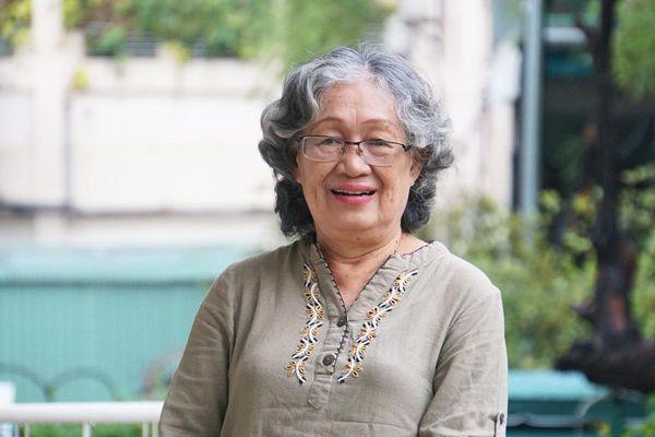 Người phụ nữ truyền cảm hứng: 68 tuổi lấy bằng tiến sĩ sau tai biến mạch máu não