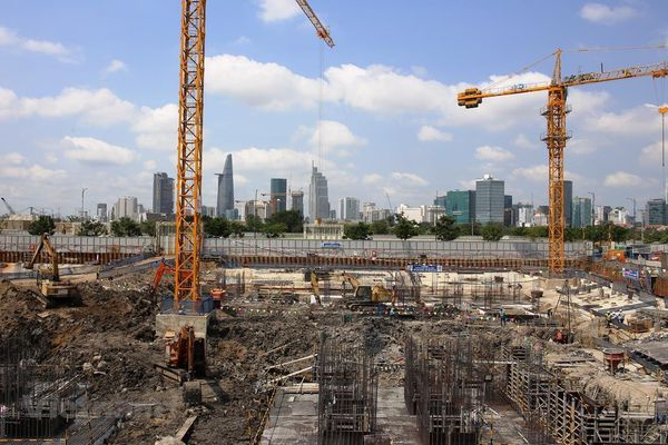 Gỡ pháp lý để bình ổn bất động sản: Cần cân nhắc tránh 'vỡ' quy hoạch