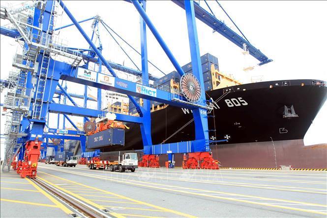 Hàng hóa thông qua cảng biển có xu hướng giảm về cuối năm Ảnh 1