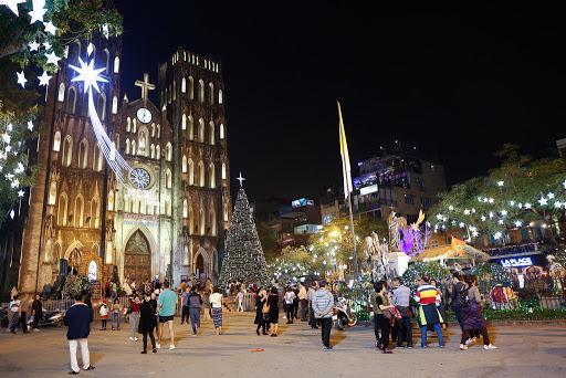 Nhà thờ Lớn Hà Nội - điểm check in ấn tượng dịp Lễ Giáng sinh không nên bỏ qua Ảnh 10