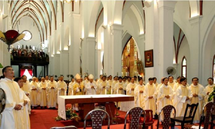 Nhà thờ Lớn Hà Nội - điểm check in ấn tượng dịp Lễ Giáng sinh không nên bỏ qua Ảnh 3