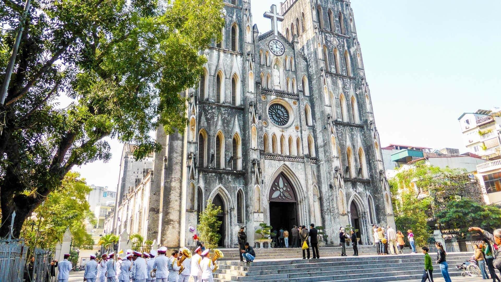 Nhà thờ Lớn Hà Nội - điểm check in ấn tượng dịp Lễ Giáng sinh không nên bỏ qua Ảnh 1