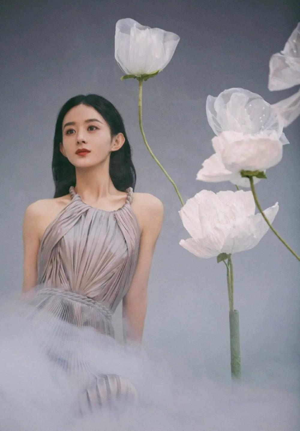 Kết hôn xong có nhiều thay đổi: Phùng Thiệu Phong trông như cha của nữ chính trong loạt ảnh hậu trường Ảnh 12