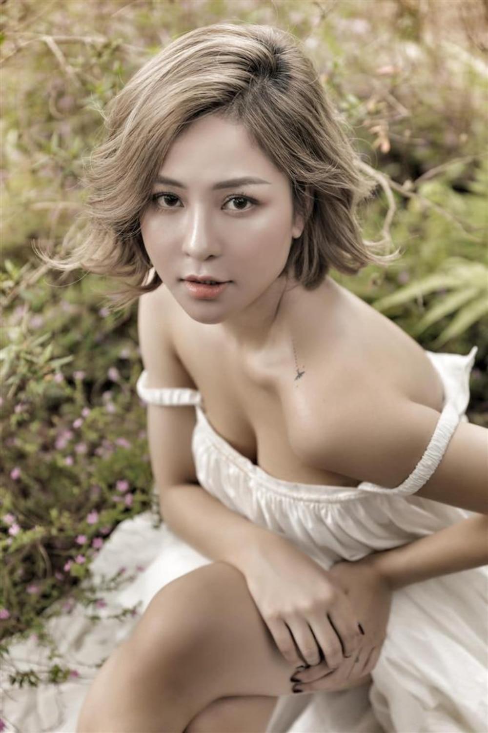 Nhắn tin than buồn, hotgirl Trâm Anh được bạn trai đại gia chuyển 100 triệu mua sắm giải khuây Ảnh 2
