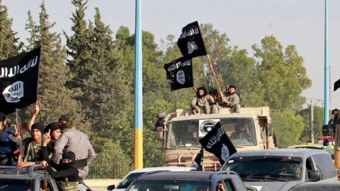 IS tấn công dữ dội vào binh sĩ Syria gần cao tốc chiến lược Ảnh 1