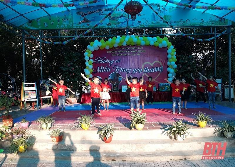 Trường Mầm non thực hành Hồng Đức tổ chức chương trình Hướng về miền Trung yêu thương Ảnh 1