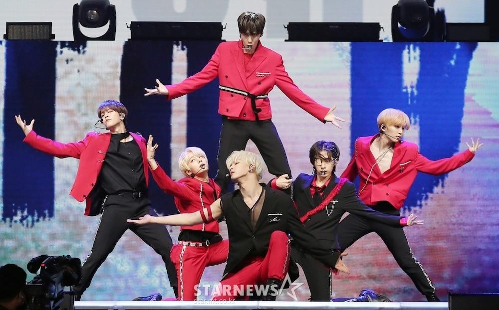 'AAA 2020': Sâu khấu bùng nổ của TWICE, Super Junior, Got7, NCT, ITZY và Kang Daniel Ảnh 54
