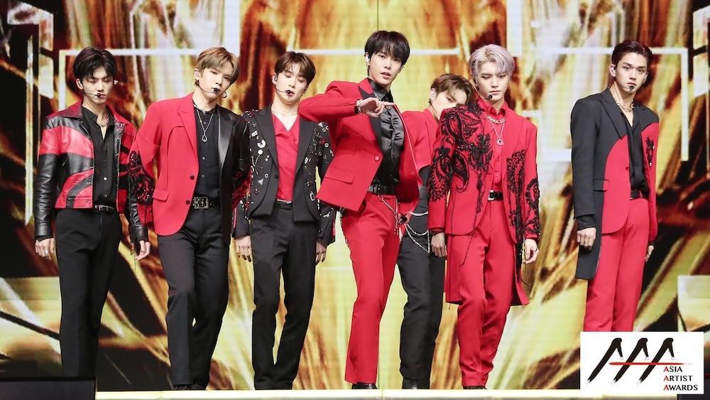 'AAA 2020': Sâu khấu bùng nổ của TWICE, Super Junior, Got7, NCT, ITZY và Kang Daniel Ảnh 5