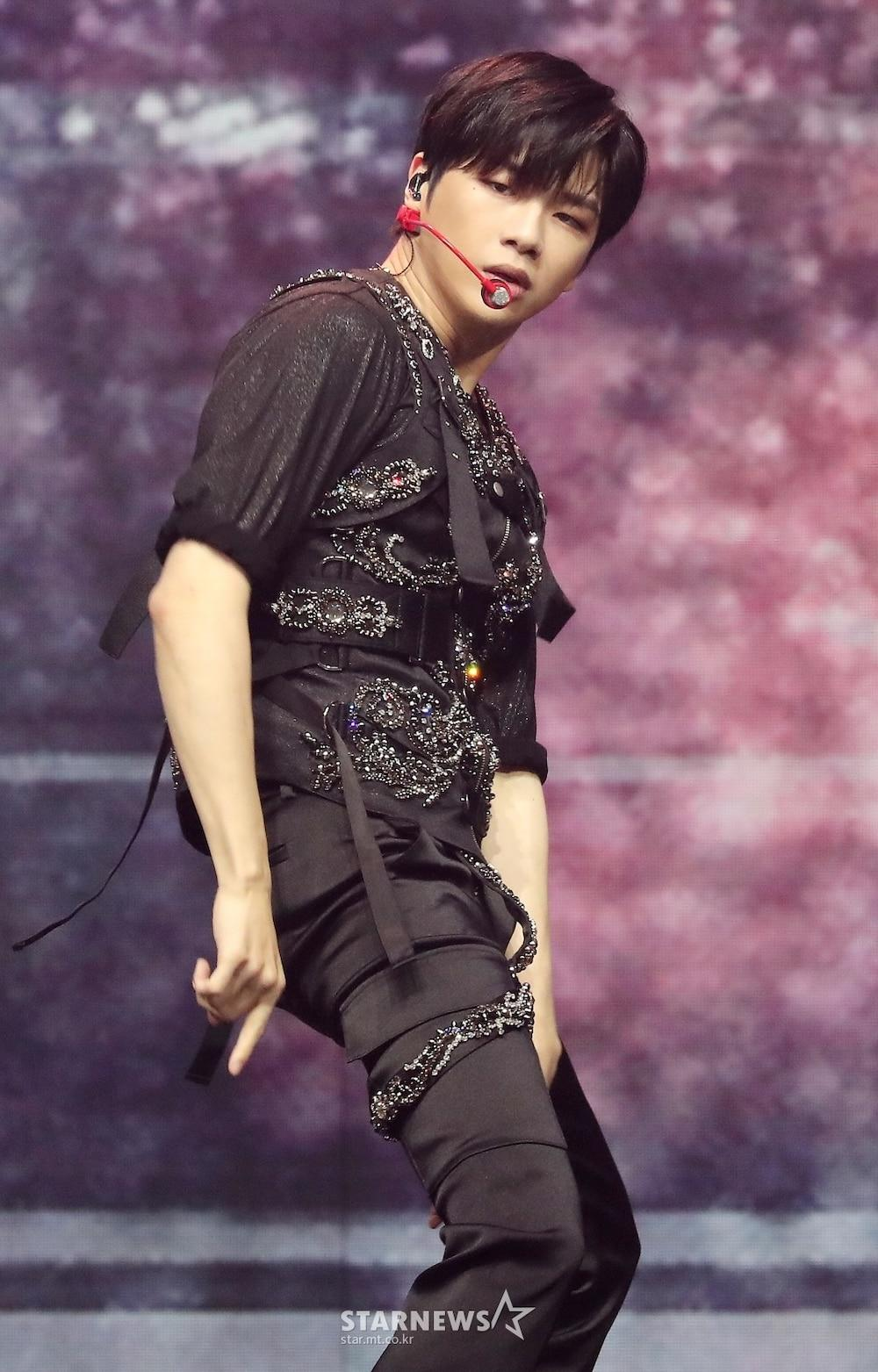 'AAA 2020': Sâu khấu bùng nổ của TWICE, Super Junior, Got7, NCT, ITZY và Kang Daniel Ảnh 24