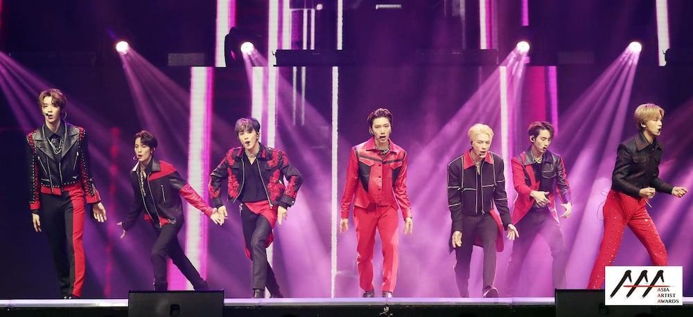 'AAA 2020': Sâu khấu bùng nổ của TWICE, Super Junior, Got7, NCT, ITZY và Kang Daniel Ảnh 45