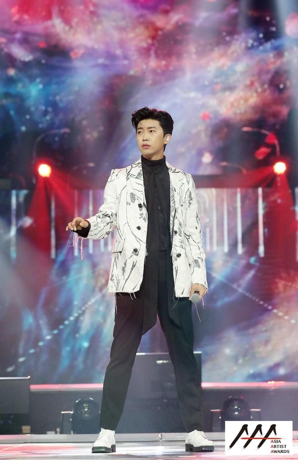 'AAA 2020': Sâu khấu bùng nổ của TWICE, Super Junior, Got7, NCT, ITZY và Kang Daniel Ảnh 74