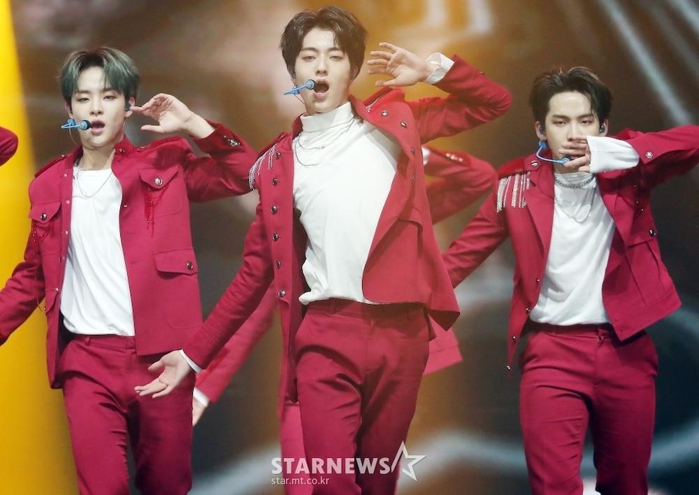 'AAA 2020': Sâu khấu bùng nổ của TWICE, Super Junior, Got7, NCT, ITZY và Kang Daniel Ảnh 72