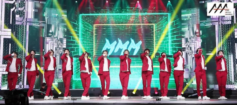 'AAA 2020': Sâu khấu bùng nổ của TWICE, Super Junior, Got7, NCT, ITZY và Kang Daniel Ảnh 63