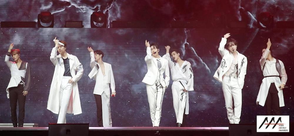 'AAA 2020': Sâu khấu bùng nổ của TWICE, Super Junior, Got7, NCT, ITZY và Kang Daniel Ảnh 34