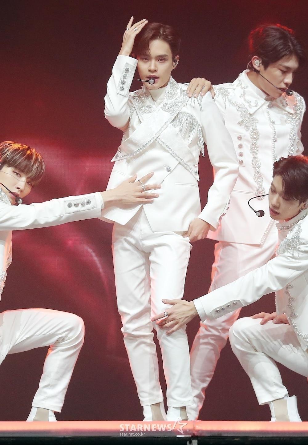 'AAA 2020': Sâu khấu bùng nổ của TWICE, Super Junior, Got7, NCT, ITZY và Kang Daniel Ảnh 31