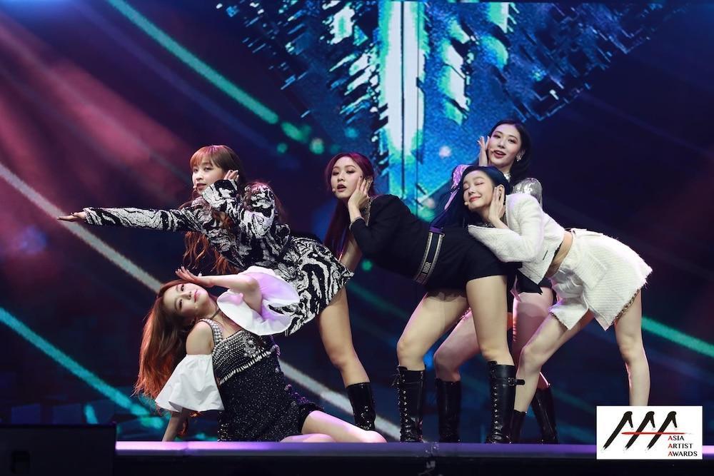'AAA 2020': Sâu khấu bùng nổ của TWICE, Super Junior, Got7, NCT, ITZY và Kang Daniel Ảnh 76