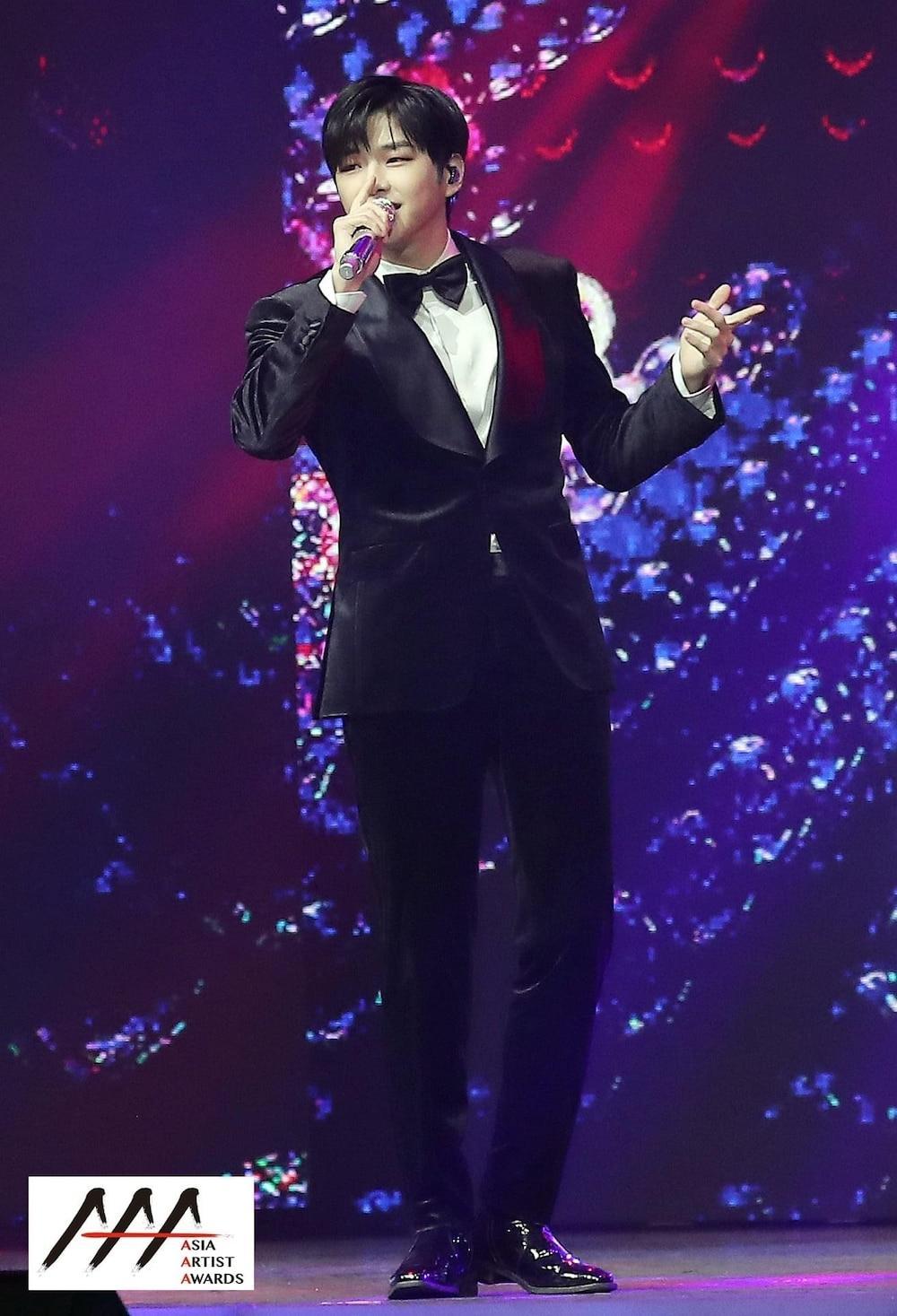 'AAA 2020': Sâu khấu bùng nổ của TWICE, Super Junior, Got7, NCT, ITZY và Kang Daniel Ảnh 23