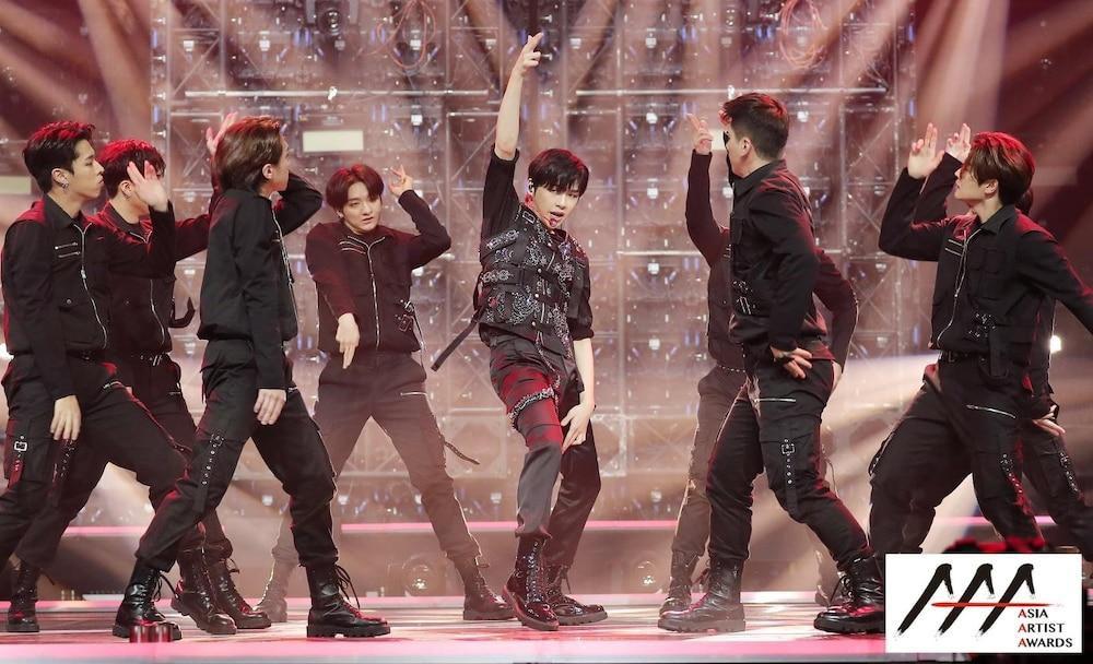 'AAA 2020': Sâu khấu bùng nổ của TWICE, Super Junior, Got7, NCT, ITZY và Kang Daniel Ảnh 20