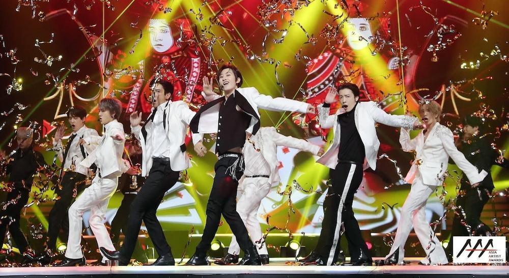 'AAA 2020': Sâu khấu bùng nổ của TWICE, Super Junior, Got7, NCT, ITZY và Kang Daniel Ảnh 47