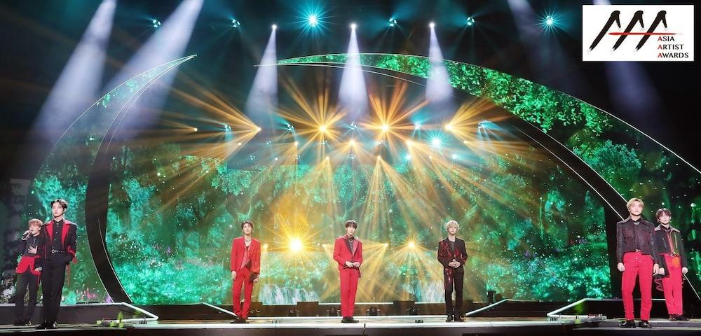 'AAA 2020': Sâu khấu bùng nổ của TWICE, Super Junior, Got7, NCT, ITZY và Kang Daniel Ảnh 4