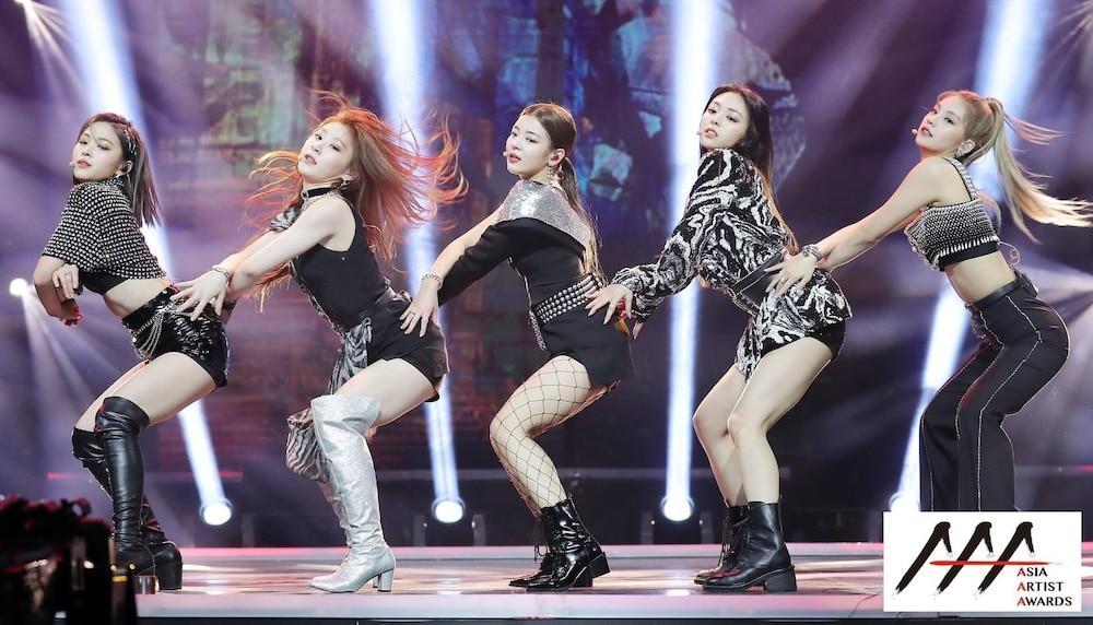 'AAA 2020': Sâu khấu bùng nổ của TWICE, Super Junior, Got7, NCT, ITZY và Kang Daniel Ảnh 9
