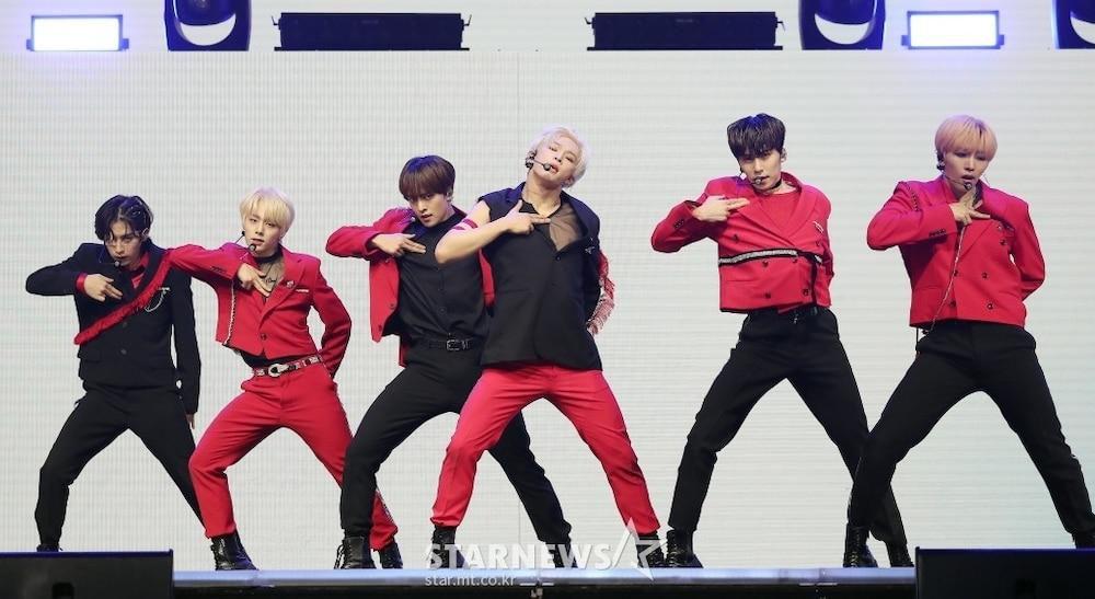 'AAA 2020': Sâu khấu bùng nổ của TWICE, Super Junior, Got7, NCT, ITZY và Kang Daniel Ảnh 52