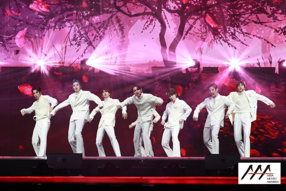 'AAA 2020': Sâu khấu bùng nổ của TWICE, Super Junior, Got7, NCT, ITZY và Kang Daniel Ảnh 80