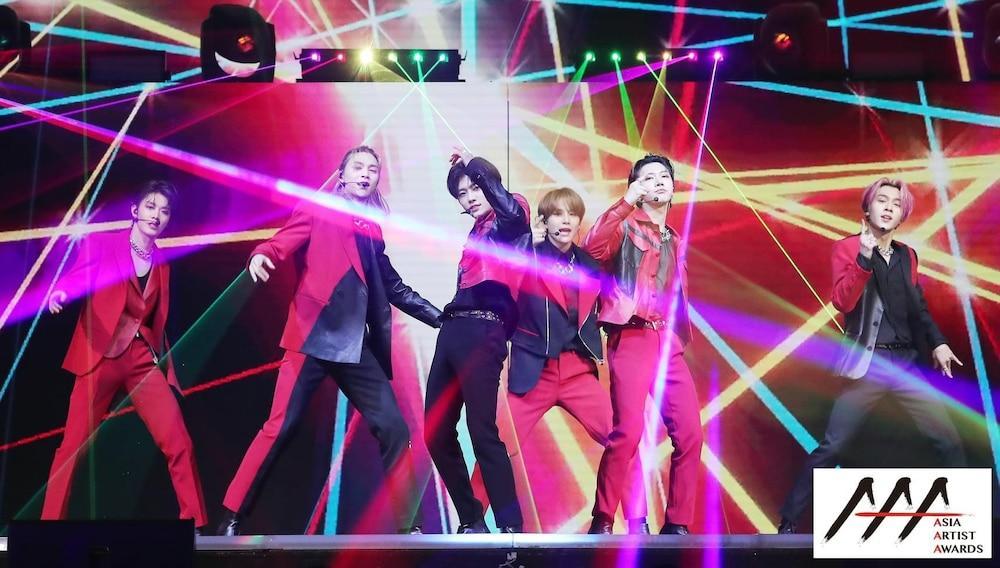 'AAA 2020': Sâu khấu bùng nổ của TWICE, Super Junior, Got7, NCT, ITZY và Kang Daniel Ảnh 7