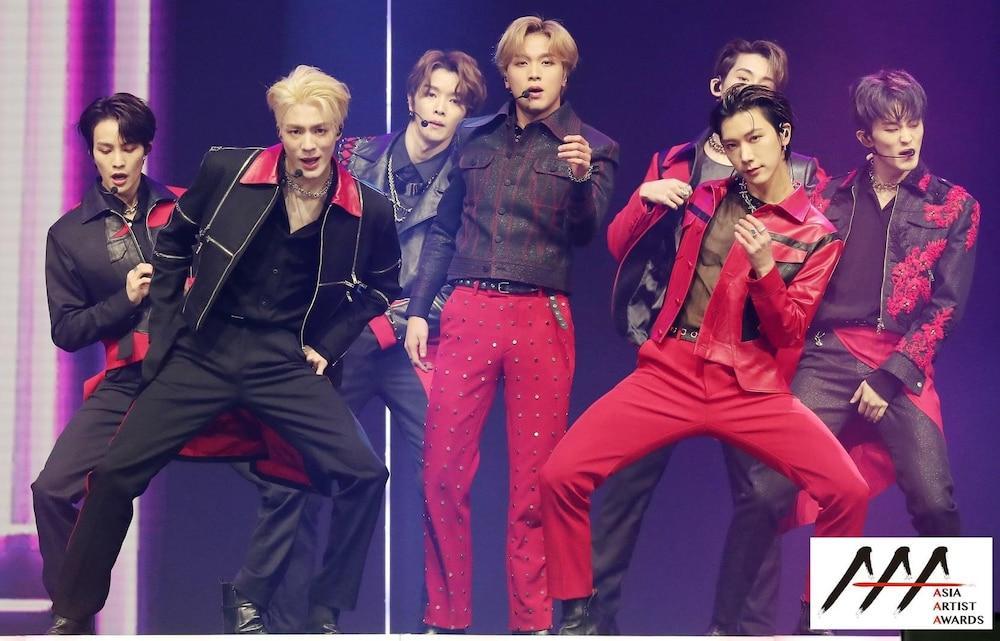 'AAA 2020': Sâu khấu bùng nổ của TWICE, Super Junior, Got7, NCT, ITZY và Kang Daniel Ảnh 44