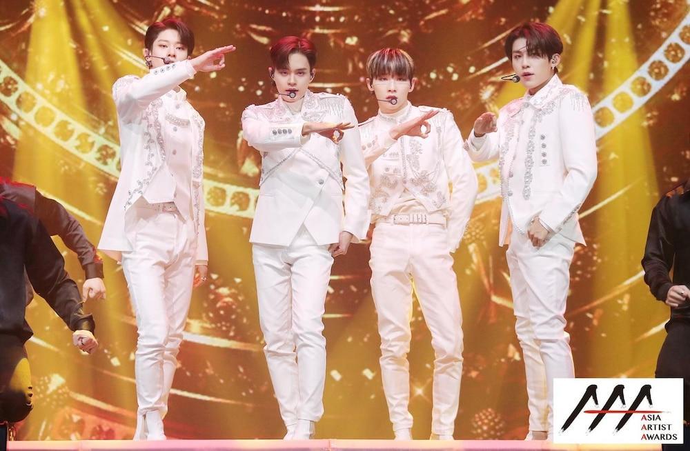 'AAA 2020': Sâu khấu bùng nổ của TWICE, Super Junior, Got7, NCT, ITZY và Kang Daniel Ảnh 26
