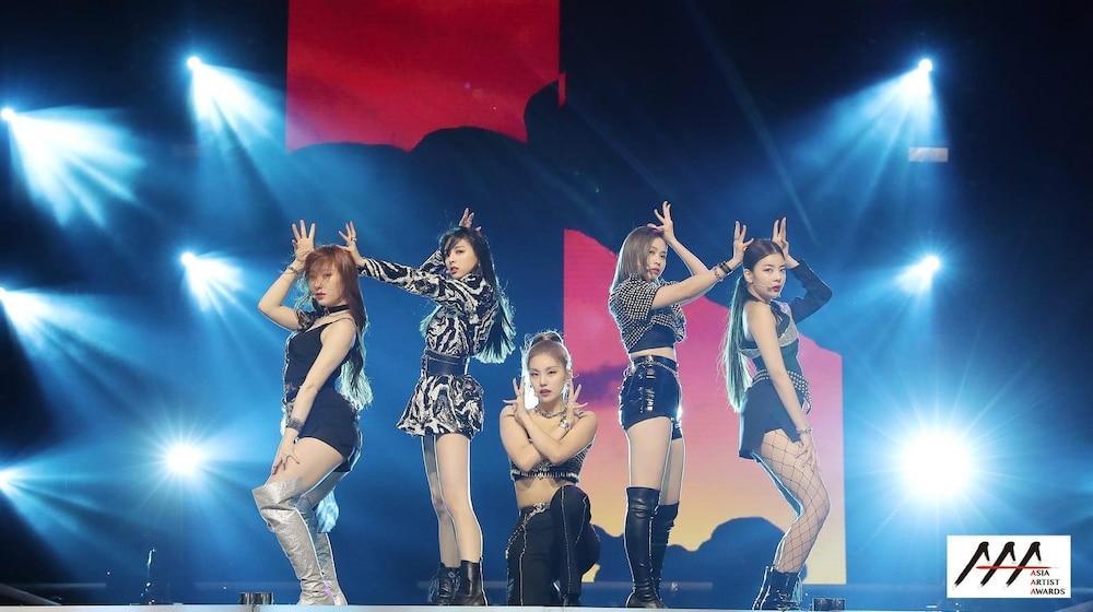 'AAA 2020': Sâu khấu bùng nổ của TWICE, Super Junior, Got7, NCT, ITZY và Kang Daniel Ảnh 10