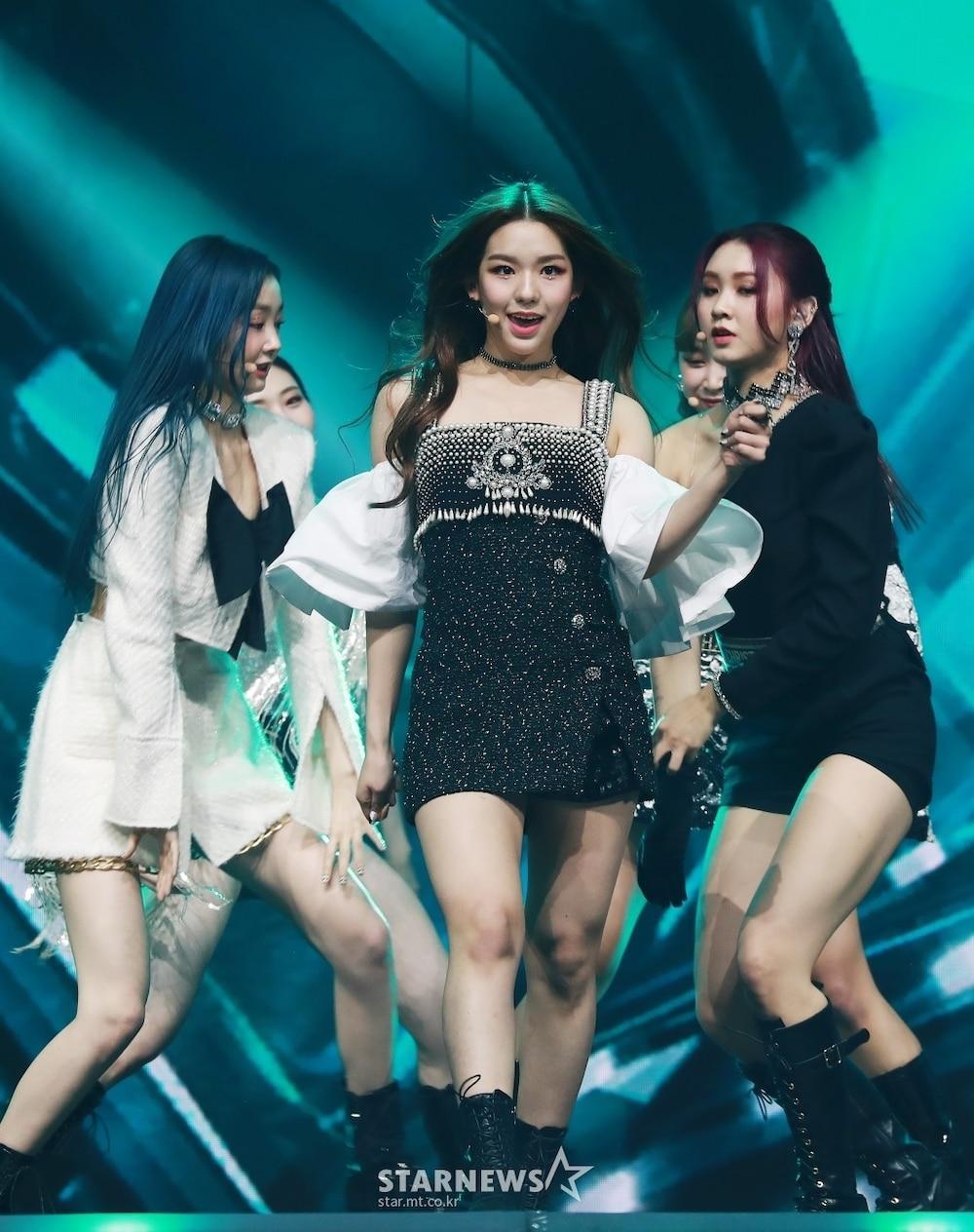 'AAA 2020': Sâu khấu bùng nổ của TWICE, Super Junior, Got7, NCT, ITZY và Kang Daniel Ảnh 79