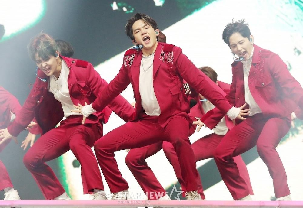'AAA 2020': Sâu khấu bùng nổ của TWICE, Super Junior, Got7, NCT, ITZY và Kang Daniel Ảnh 71
