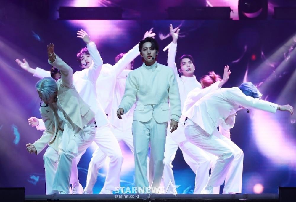 'AAA 2020': Sâu khấu bùng nổ của TWICE, Super Junior, Got7, NCT, ITZY và Kang Daniel Ảnh 83
