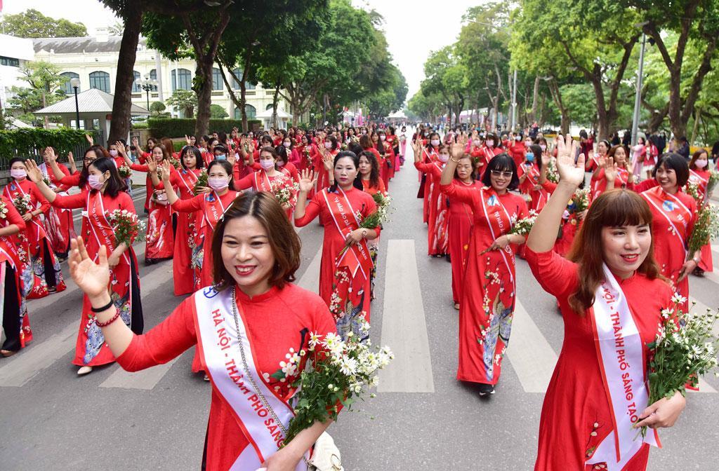 Lễ hội Áo dài 'Hương sắc Tràng An' Ảnh 7
