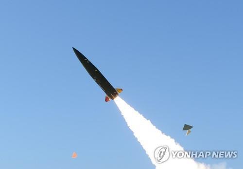 Hàn Quốc sản xuất hàng loạt tên lửa chiến thuật mới Ảnh 1