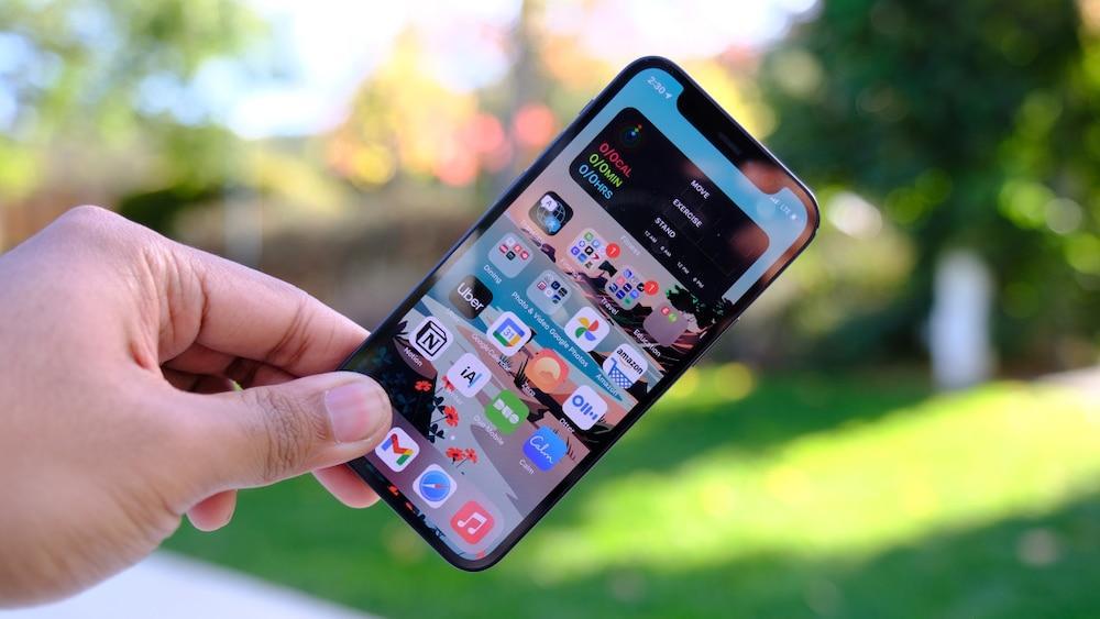 Phát hiện ra cách tấn công iPhone chỉ bằng Wi-Fi khiến nhiều người lo sợ Ảnh 2