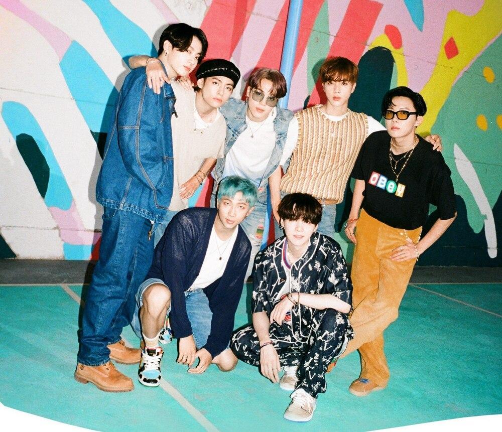 Màn trình diễn đỉnh nhất do 90 idol Kpop bình chọn: BLACKPINK hay BTS dẫn đầu? Ảnh 3