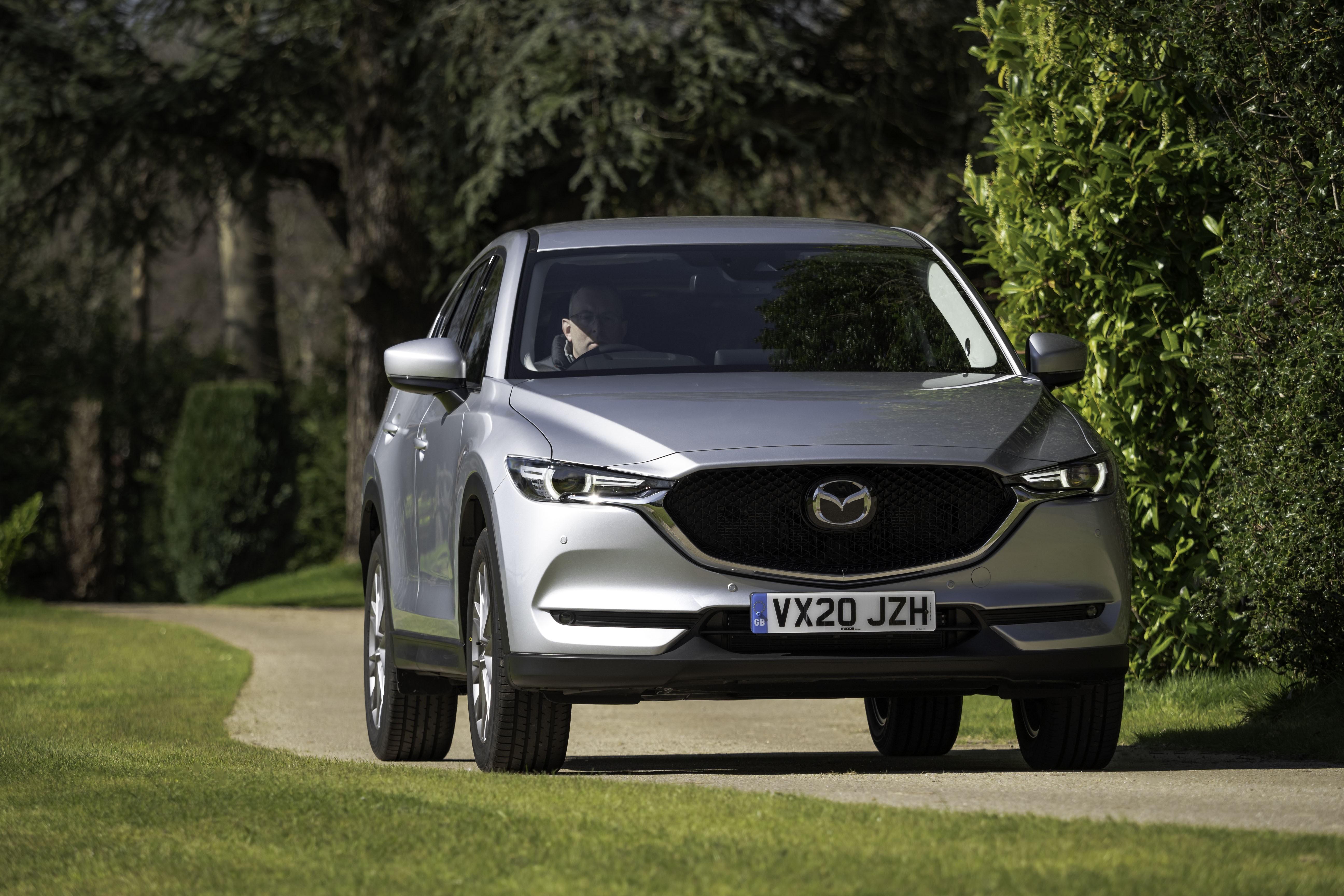 Mazda CX-5 thế hệ mới 'dấn thân' thị trường xe cao cấp? Ảnh 2