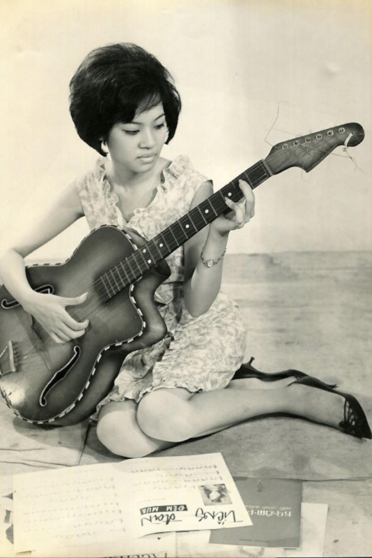 Xiêu lòng trước nhan sắc của dàn mĩ nhân thống trị showbiz Việt thập niên 1970 Ảnh 10
