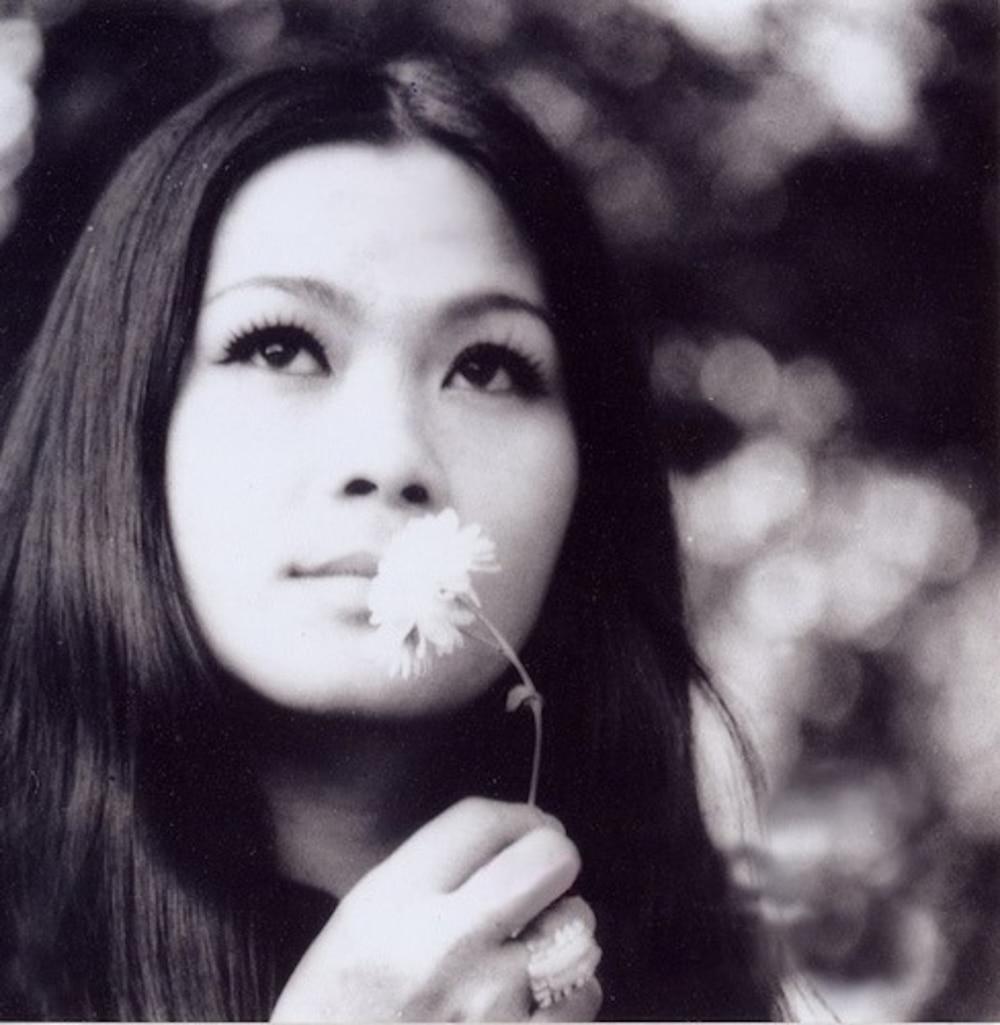 Xiêu lòng trước nhan sắc của dàn mĩ nhân thống trị showbiz Việt thập niên 1970 Ảnh 16