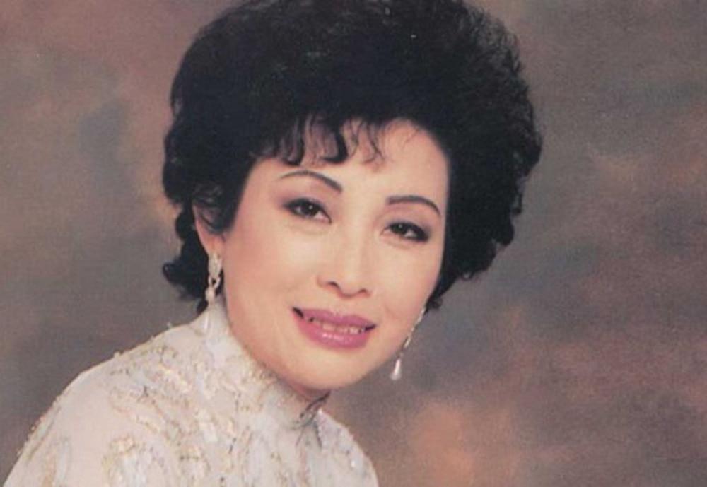 Xiêu lòng trước nhan sắc của dàn mĩ nhân thống trị showbiz Việt thập niên 1970 Ảnh 13