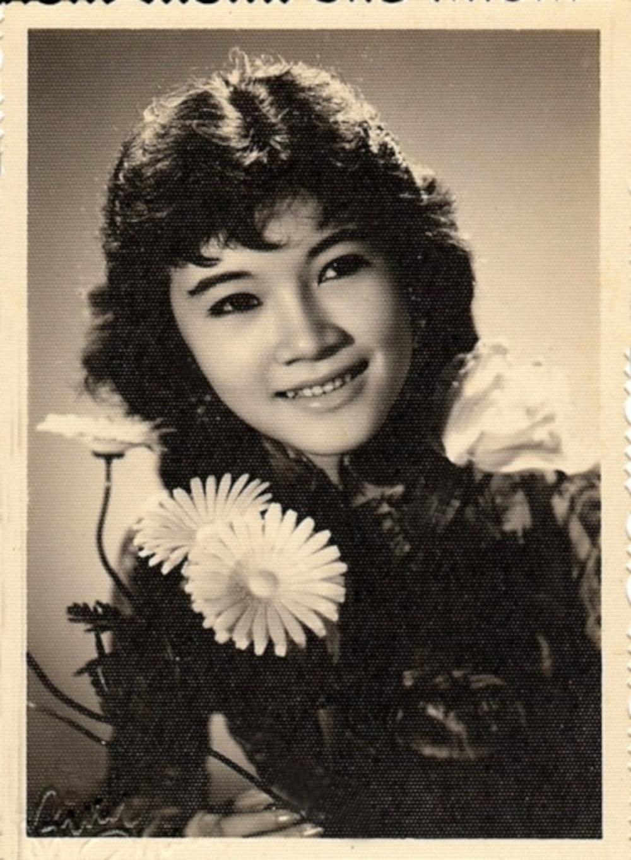 Xiêu lòng trước nhan sắc của dàn mĩ nhân thống trị showbiz Việt thập niên 1970 Ảnh 5